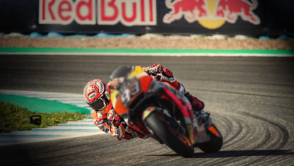 MotoGP Spain | Marquez gives a victory dance while his rivals suffer a three-way crash