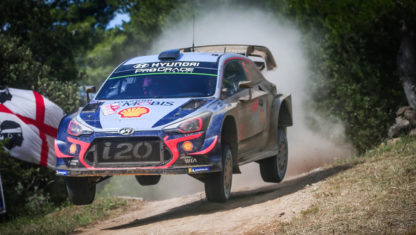 WRC | Neuville beats Ogier by 0.7 seconds in Sardegna consolidating his lead