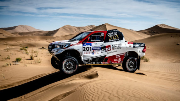 Fernando Alonso will compete in next Dakar with Marc Coma asco-pilot