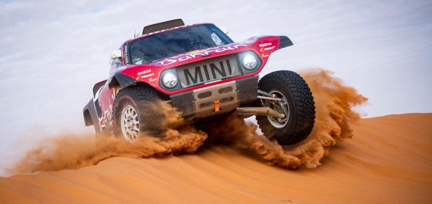 Carlos Sainz leads Dakar one week on
