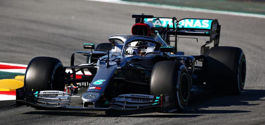 Mercedes'magicalsteeringwheel