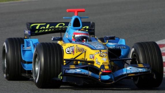 Fernando Alonso returns to Formula 1 with Renault