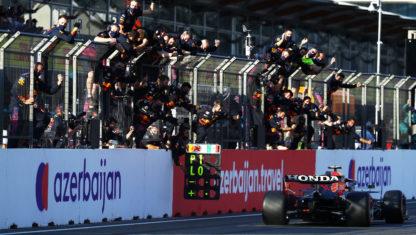 F1 Azerbaijan GP: Checo Pérez reigns amidBaku'schaos