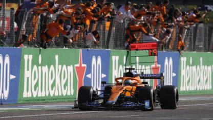 F1 Italian GP 2021: Ricciardo leads McLaren's 1-2 and Verstappen and Hamilton crash